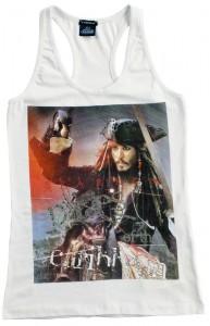 "Motivi lancia la T-shirt del film ""Pirati dei Caraibi"""