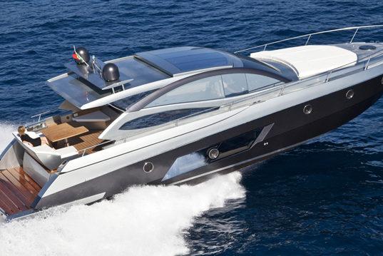 Rio Colorado 54, nuovo hard top di Rio Yachts