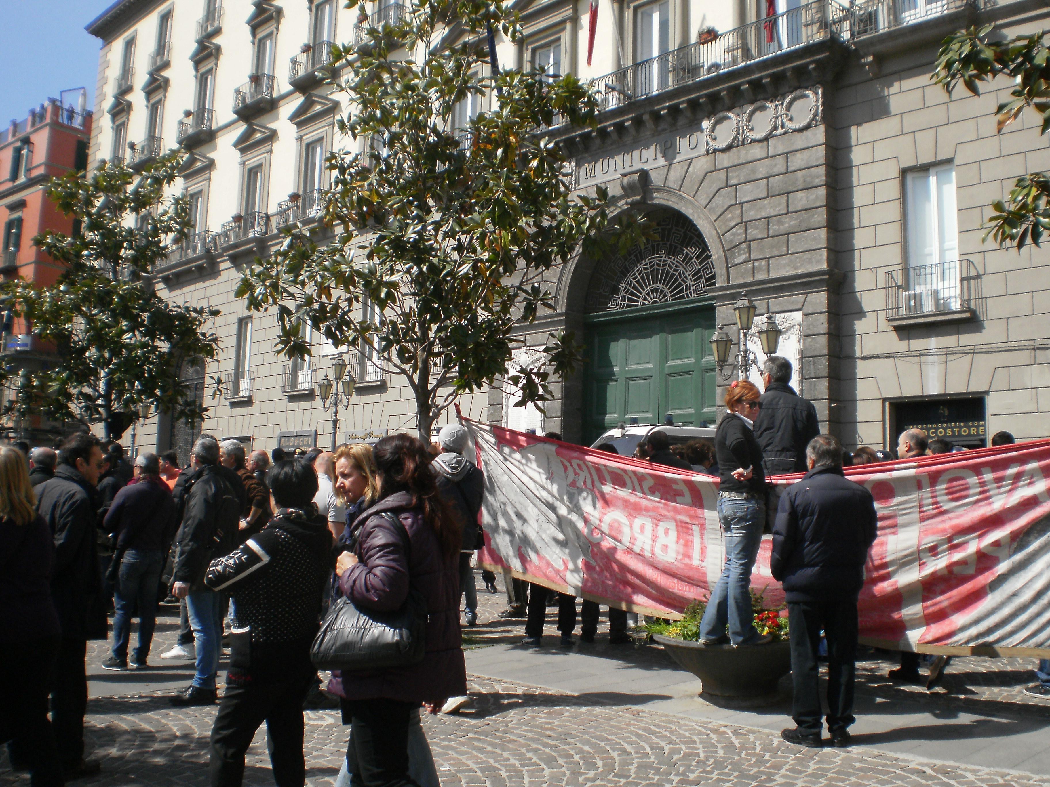 protesta commercianti a Napoli