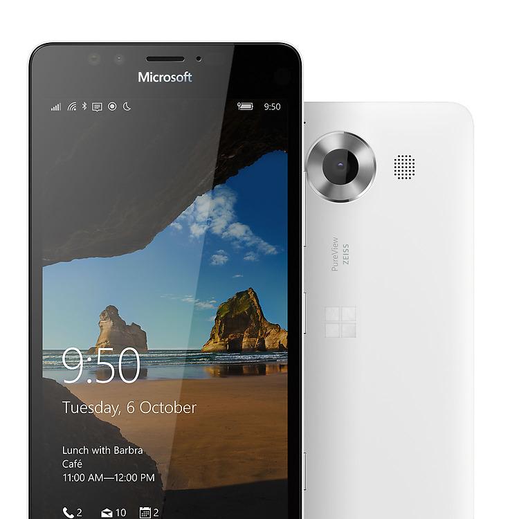 Microsoft Lumia 950 con ottica ZEISS