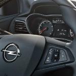 Opel Karl volante riscaldato e cruscotto