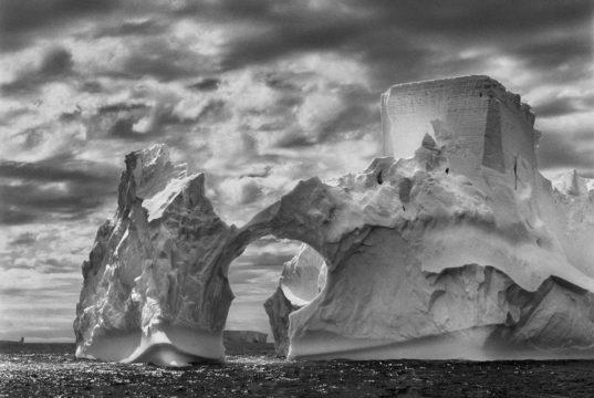 Penisola Antartica, 2005 del fotografo Sebastião Ribeiro Salgado