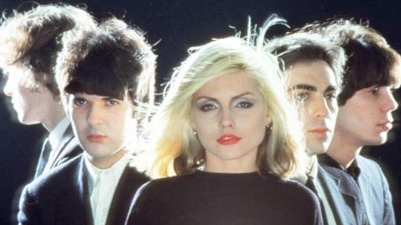 Stasera in tv Blondie, la band newyorkese che spopolò nei tardi anni '70