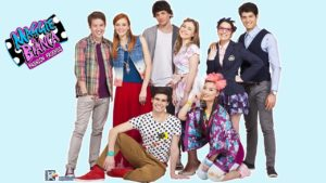 Stasera in tv su Rai Gulp la serie Maggie & Bianca Fashion Friends
