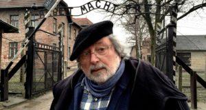 Stasera in tv su Rai Storia Francesco Guccini ad Auschwitz