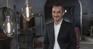 Stasera in tv su Rai2 Boss in incognito con Nicola Savino