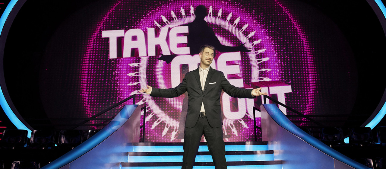 TAKE ME OUT condotto da Gabriele Corsi
