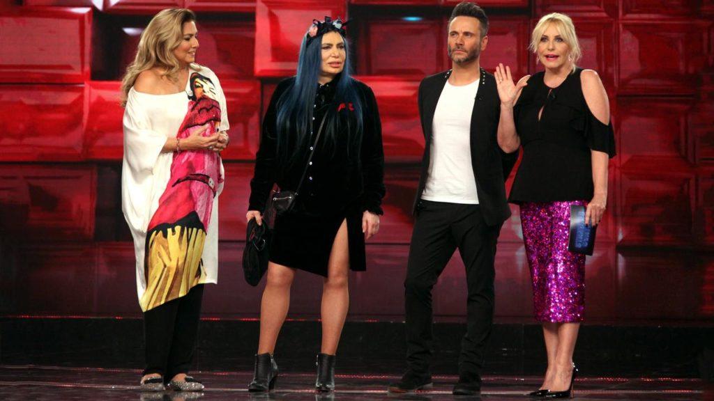Standing Ovation con Loredana Bertè, Nek e Romina Power