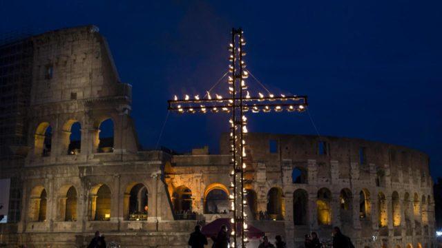 Via Crucis dal Colosseo