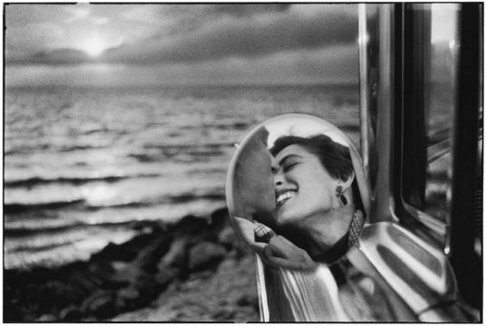 USA California 1956 di Elliott Erwitt