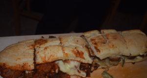 panuozzo con polpette e parmigiana