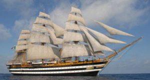 nave Amerigo Vespucci