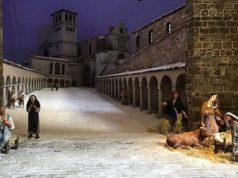 Il presepe di Città di Castello nel chiostro di Palazzo Marino a Milano