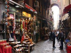 Napoli, Spaccanapoli