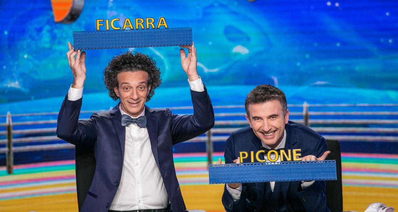 Stasera in tv Striscia la notizia, con Ficarra e Picone