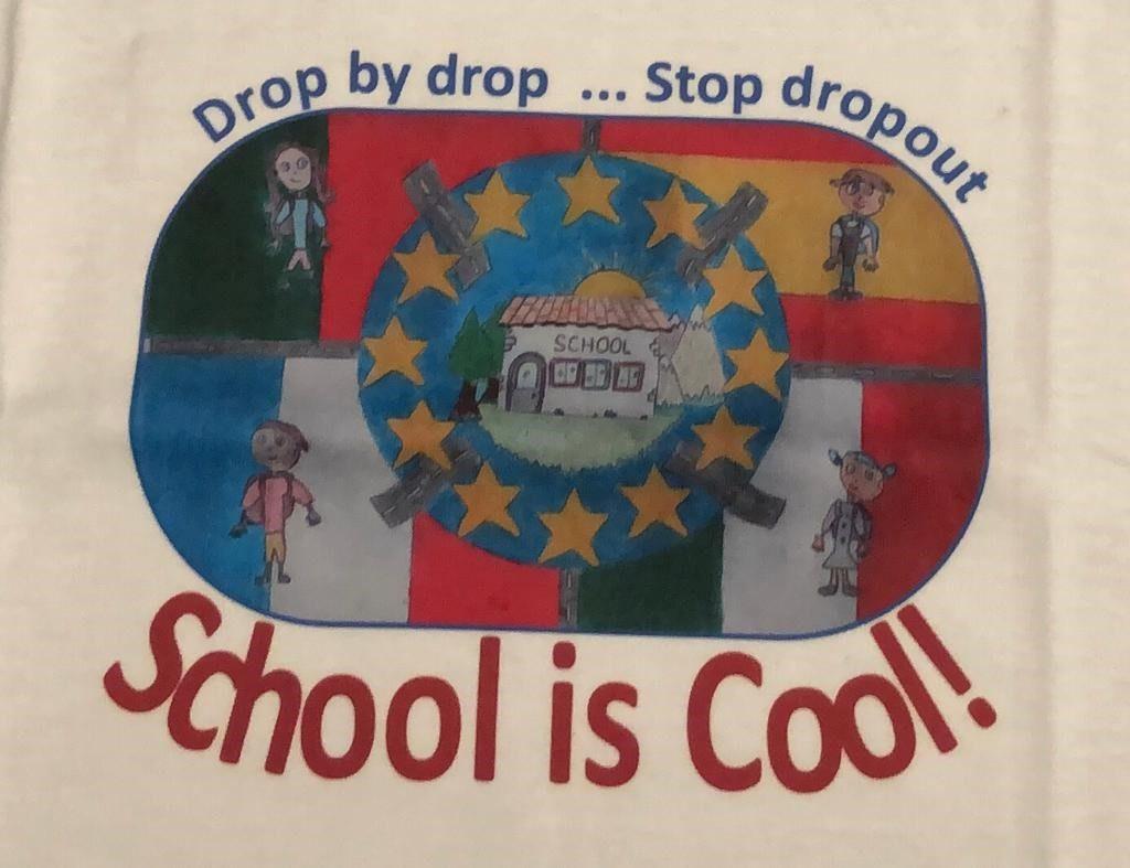 Locandina School is cool!